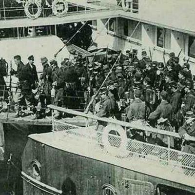 Troepen van de 4de Legerafdeling ontschepen in Oostende
