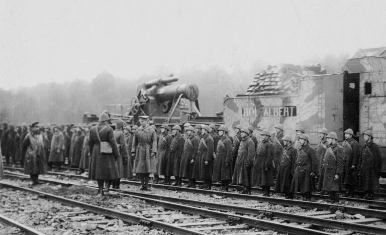 Pièce d'artillerie lourde sur voie ferrée, Vickers 12 pouces (305mm), 'Roi Albert I'