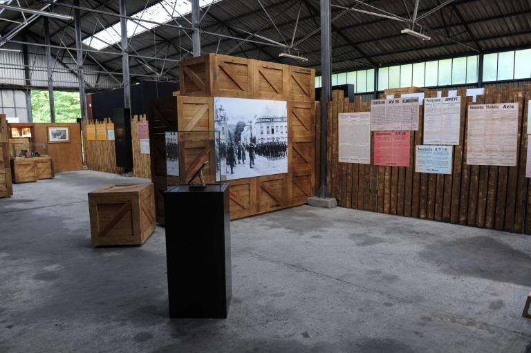 "Expo ""The Attics of Memory """